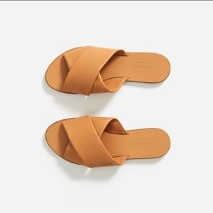 Everlane Leather Day Crossover Sandal in camel